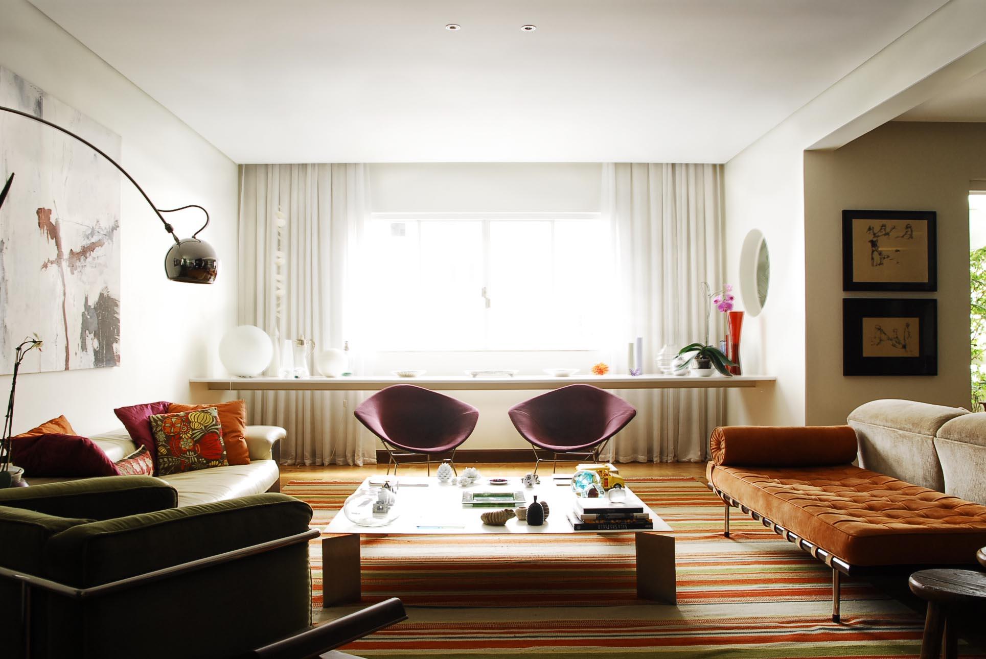 Saiba como usar as poltronas na sua decora o it 39 s for Sala de estar com um sofa