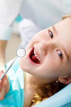 Odontopediatria - Cynthia Pedreira