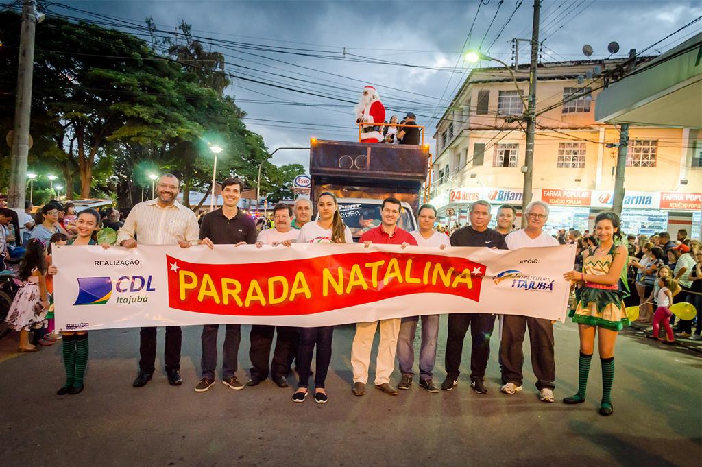 14ª Parada Natalina - CDL Itajubá - 2017 3